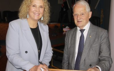Hornsby Shire Council and Hornsby Chamber of Commerce sign MOU to support and grow local economy